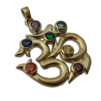 7 Chakra Ohm Hanger Gerecycled Messing 3.5 cm